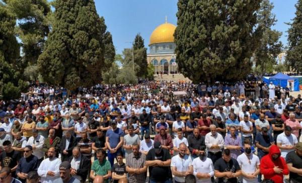 مسيرات أعلام استيطانية وتصدٍ فلسطيني لها بمناطق متفرقة بالضفة