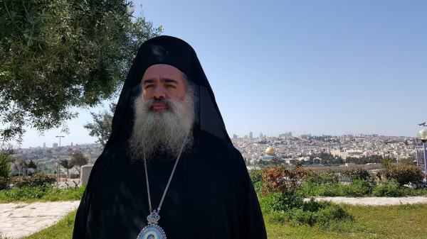 المطران حنا: القدس صامدة في مواجهة الاستفزازات الاحتلالية