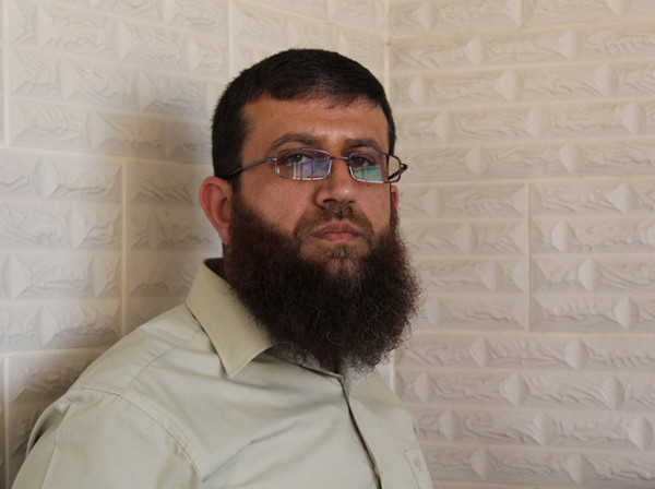 الأسير خضر عدنان يعلق إضرابه عن الطعام مقابل الإفراج عنه الاثنين المقبل