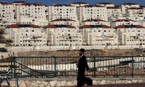 الاحتلال يصادق على مشاريع استيطانية جديدة في الضفة الغربية