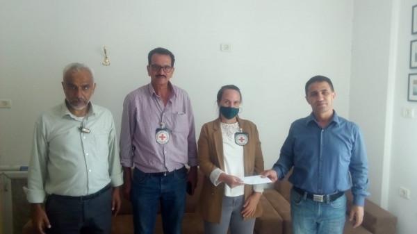 اللجنة الوطنية لدعم الأسرى في نابلس تسلم رسالة عاجلة للصليب الأحمر الدولي