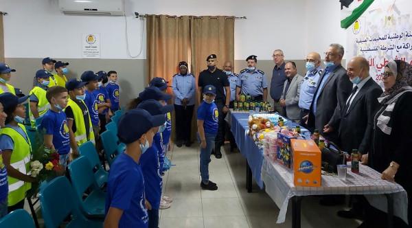 عصام أبو بكر يطلع على فعاليات مخيم الشرطي الصغير