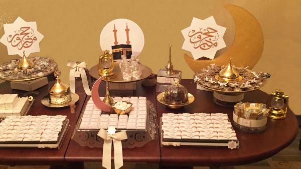 إليكِ أهم الأفكار لتنسيق طاولة الاستقبال لعيد الأضحى
