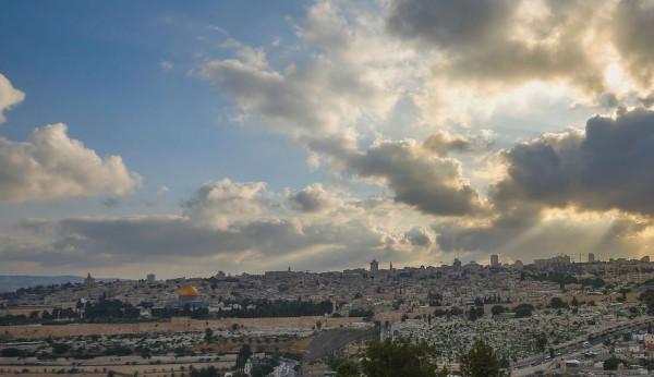 الطقس: أجواء معتدلة في معظم المناطق الفلسطينية