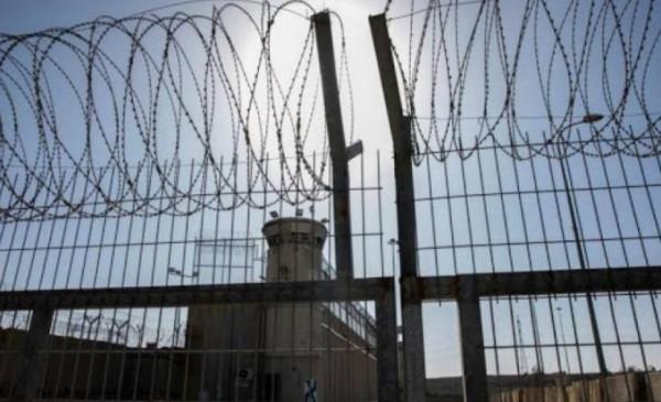 الأسير مؤيد الخطيب يعلق إضرابه المفتوح عن الطعام بعد تدهر حالته الصحية