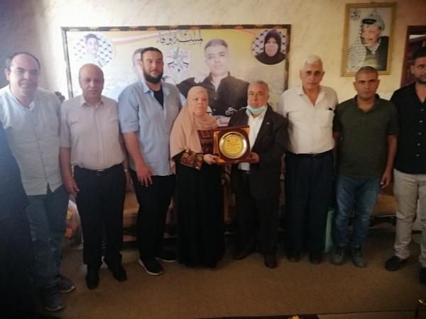 محافظ خانيونس يستقبل وفداً قيادياً من حركة فتح