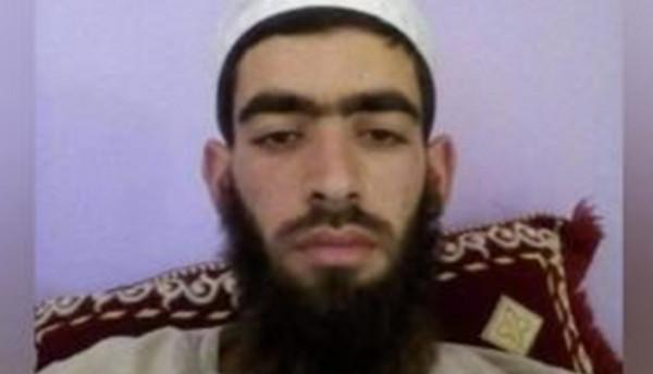 """جريمة هزت الجزائر.. """"مختل عقليا"""" يقتل إماماً أثناء ركوعه"""