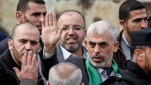 صحيفة إسرائيلية تكشف عن أكبر انجاز حققه السنوار خلال المعركة الأخيرة على غزة