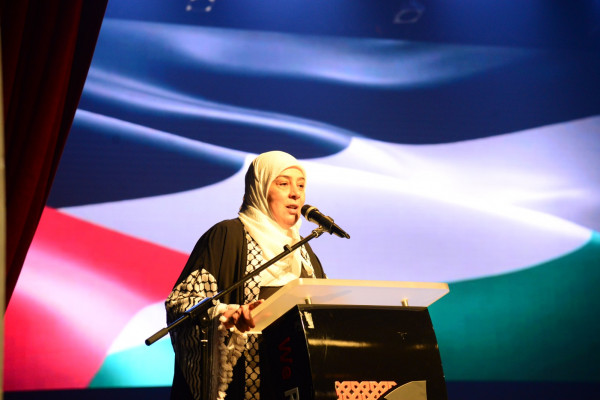 برعاية غنام.. حفل لتحرير شهادات الطلبة غير القادرين على تسديد الرسوم الجامعية