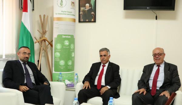 المجلس الأعلى للإبداع والتميز والقنصلية الإيطالية في القدس يبحثان سبل التعاون