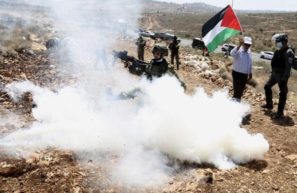 إصابات بمواجهات مع الاحتلال بجبل صبيح جنوب نابلس