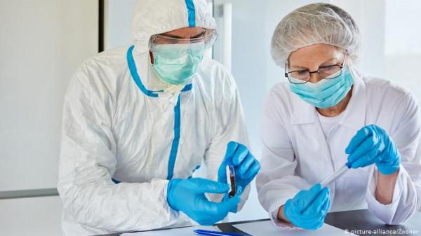 دراسة: فيروس (كورونا) قد يتحول لمرض عادي مثل نزلات البرد