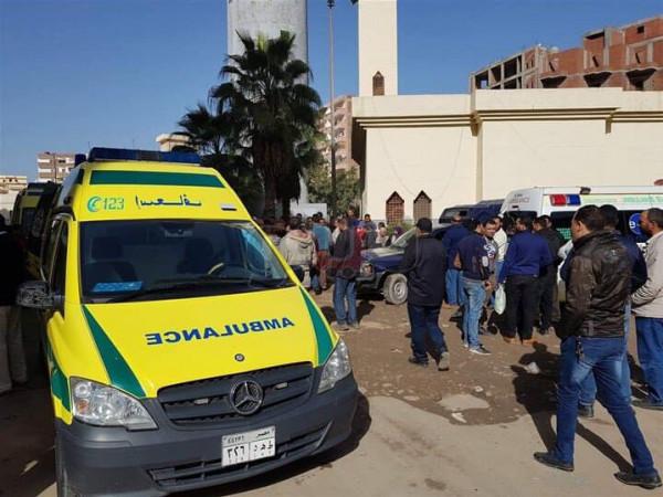 مصر: إصابة العشرات بالاختناق إثر تسرب لغاز الكلور