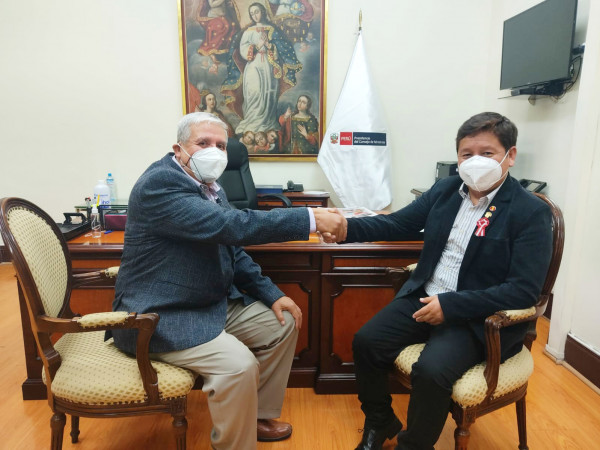 سفير دولة فلسطين يلتقي برئيس وزراء جمهورية البيرو