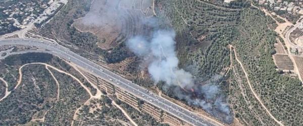 """شبوب حرائق هائلة في مفترق """"شورش"""" على طريق القدس"""
