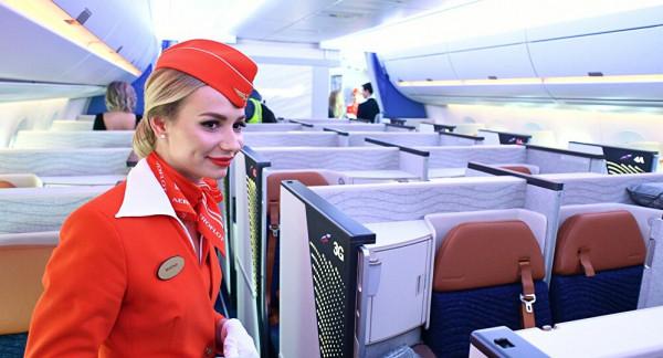 شركة طيران تعاقب موظفيها بالفصل.. لهذا السبب الغريب