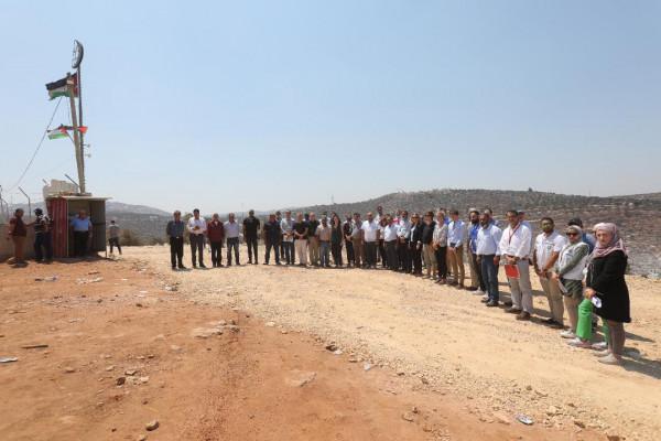 في أعقاب تزايد عنف المستوطنين الإسرائيليين.. رؤساء بعثات دبلوماسية يزورون قرية بيتا