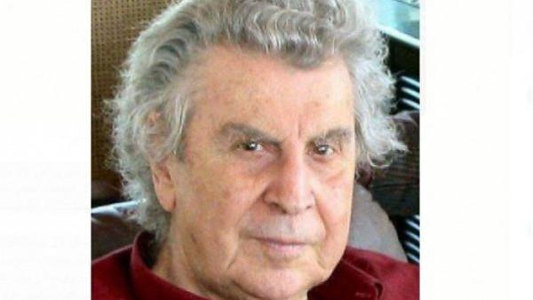 """وفاة الموسيقار اليوناني """"ميكيس ثيودوراكيس"""" موزّع النشيد الوطني الفلسطيني"""
