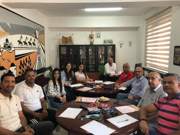 اتحاد المبارزة ينظم ورشة عمل لتطوير رياضة الملوك في فلسطين