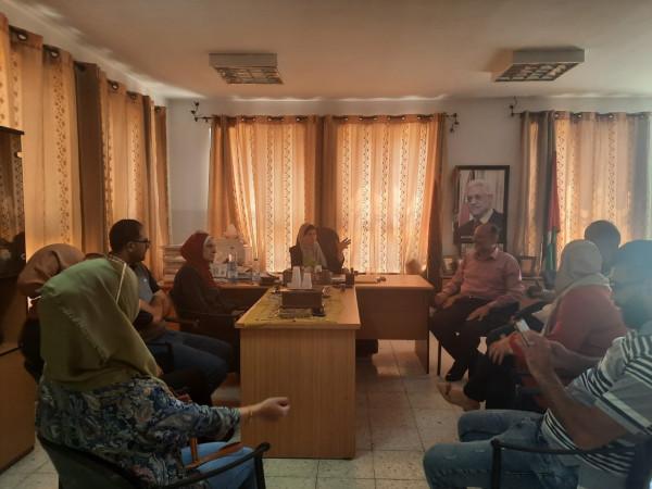 مركز تأهيل فتيات نابلس ينظم زيارة تعليمية لطالبات والشيخ خليفة يختتم دورة تدوير المخلفات