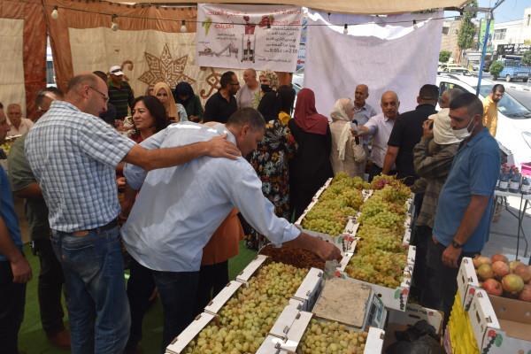 انطلاق سوق العنب والمنتجات النسوية بنسخته الثالثة في بيت لحم