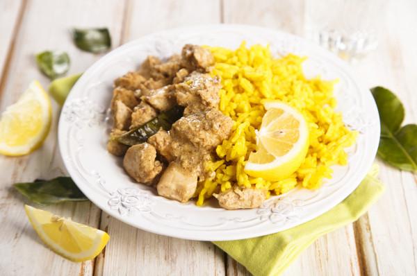 طريقة تحضير أرز بسمتي بالكركم والدجاج