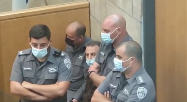 """وقفة تضامنية حاشدة مع الأسرى الفلسطينيين في مدينة """"كولون"""" الألمانية"""