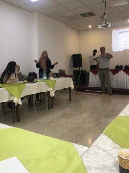 تنمية القدس والمركز الفلسطيني للإرشاد يعقدان ورشة عمل حول آليات التدخل والنظام الوطني للتحويل