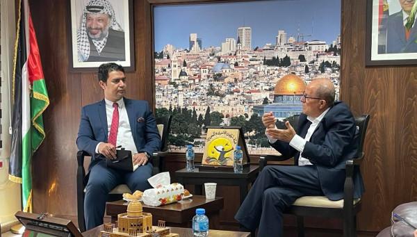هيئة الأسرى: أبو بكر يستقبل القنصل العام لمصر المستشار سعيد هلال