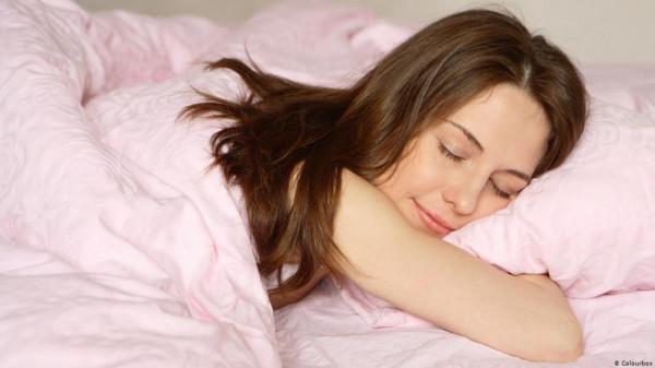 احذر.. خطر يهدد النساء أثناء النوم