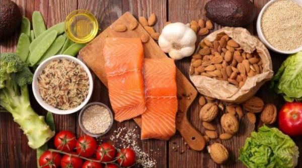 تعرف على الأطعمة التي يجب تجنبها لوقف مخاطر الإصابة بالخرف