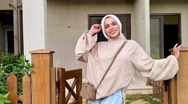 من وحي المدوّنة سحر فؤاد.. إليك أجمل الأزياء المقلّمة