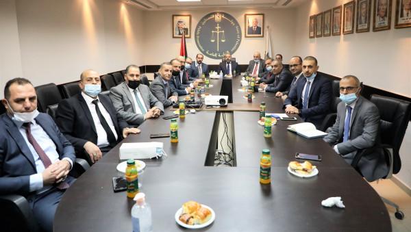 النائب العام يجتمع برؤساء النيابات المتخصصة ونيابات المحافظات الشمالية