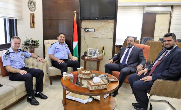 النائب العام يبحث سبل التعاون مع مدير شرطة المرور الفلسطينية