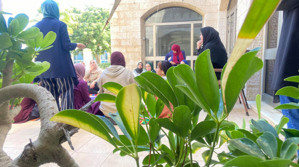 """""""فلسطينيات"""" تنهي الجلسة الأولى للدعم النفسي للصحفيات"""