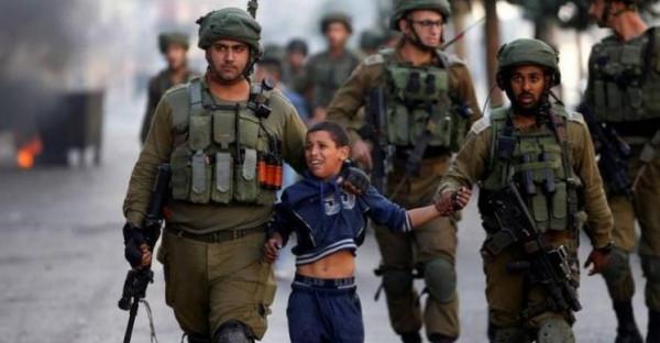 الاحتلال يعتقل فتى ويستدعي أسيرًا محررًا من بيت لحم