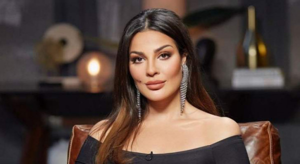 """شاهد: نادين نجيم عن صورتها مع خبير التجميل الإسرائيلي """"خبيث"""""""