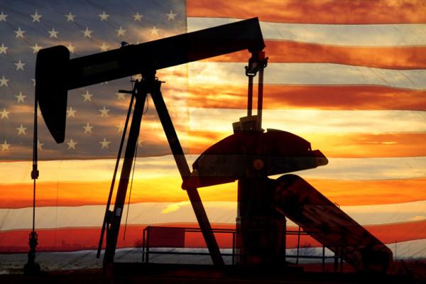 النفط يصعد 1% وسط مؤشرات على شح الإمدادات الأميركية