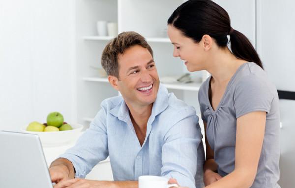 إليكِ أهم النصائح لتظلي المرأة الجذابة التي وقع في حبها زوجك