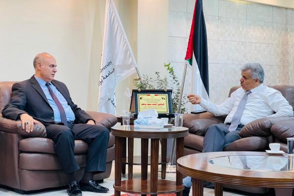 جامعة بوليتكنك فلسطين ولجنة إعمار الخليل يبحثان آفاق التعاون المُشترك