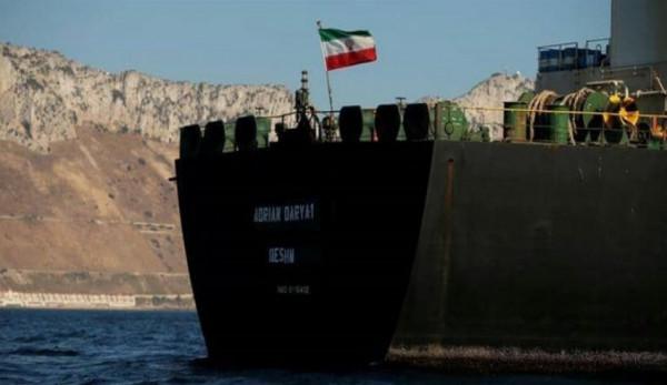 وكالة: وصول باخرة محملة بالمازوت الإيراني إلى مرفأ بانياس في سوريا