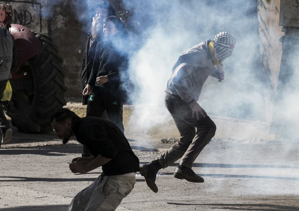 4 إصابات بالرصاص والعشرات بالاختناق خلال قمع الاحتلال مسيرة كفر قدوم الأسبوعية