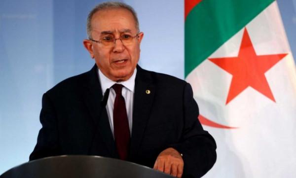 وزير الخارجية الجزائري: نواصل الدفاع عن القضايا العادلة للشعوب