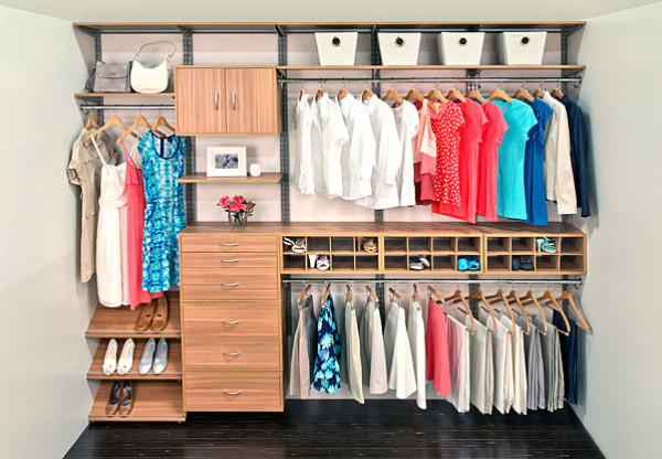 خطوات بسيطة لترتيب خزانة الملابس