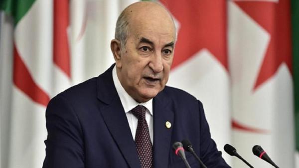 الرئيس الجزائري يعلن إنتاج أول لقاح محلي لفيروس (كورونا)