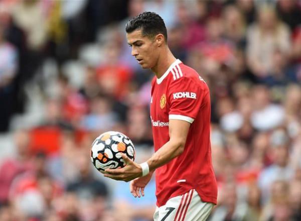 رونالدو يخطط للاعتزال في مانشستر يونايتد