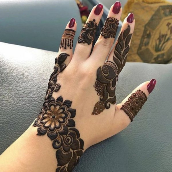 لعروس 2022.. إليك نقش حناء سوداني ناعم