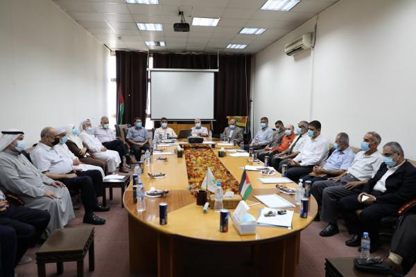 """""""التربية"""" بالتشريعي تتطلع على إجراءات وجهوزية وزارة الصحة بالتعامل مع موجات (كورونا)"""