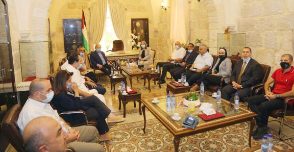 وزيرا والاقتصاد السياحة يلتقيان جمعية الفنادق العربية