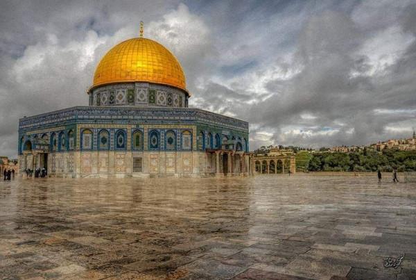 نشطاء يدعون لشد الرحال للمسجد الأقصى والرباط فيه